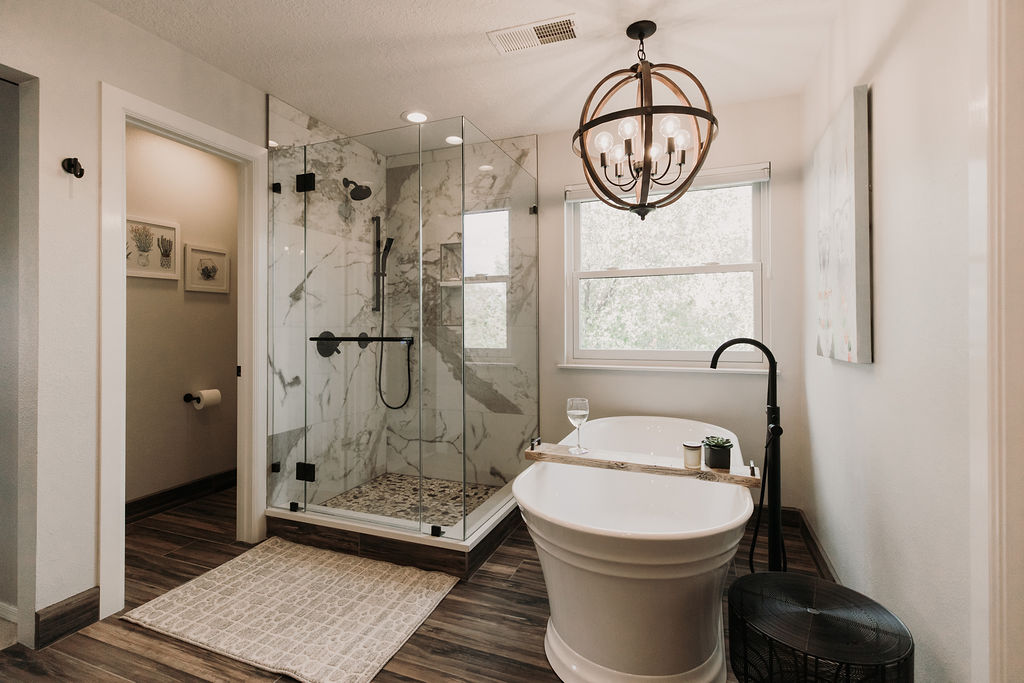 Snazzy Style Master and Hall Bath Remodel
