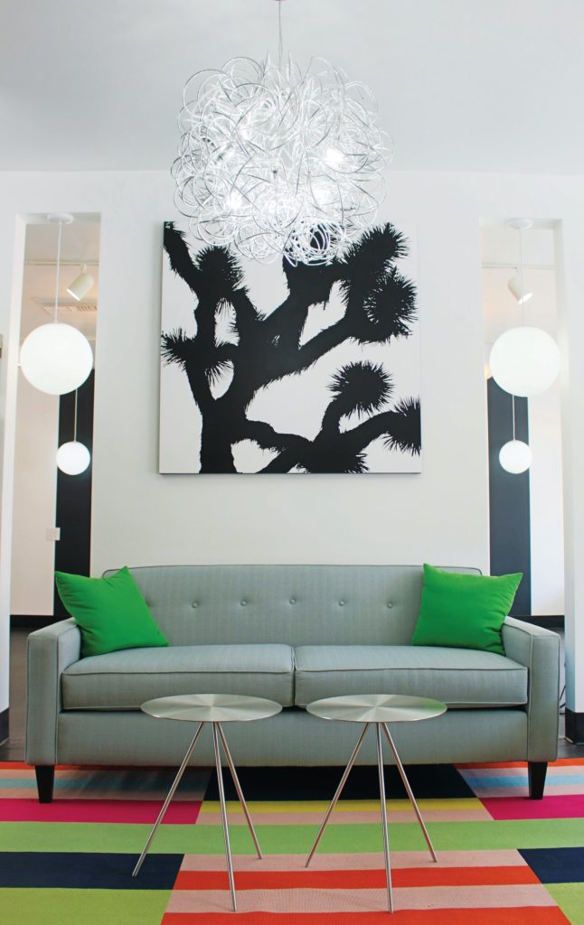 Palm Springs Salon