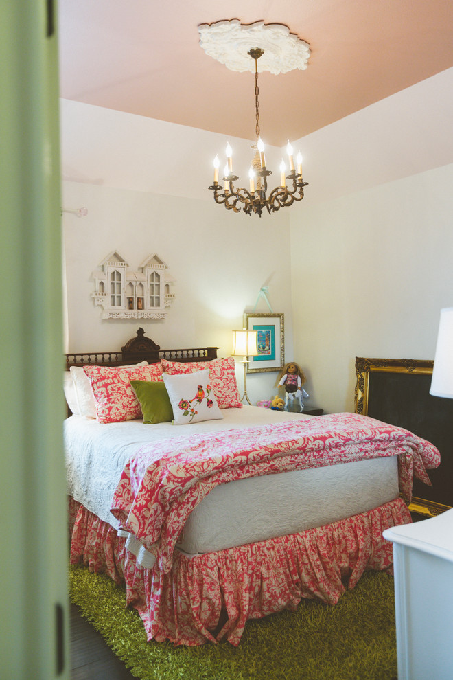 Splashy-peacock-bedding-in-Bedroom-Traditional-with-Painted-Ceiling-Medallion-next-to-Pink-Ceiling-alongside-Scullery-White-Peacock-Paint-andChalk-Paint-