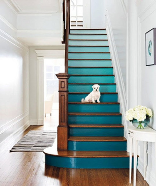 14-Ombre stairs