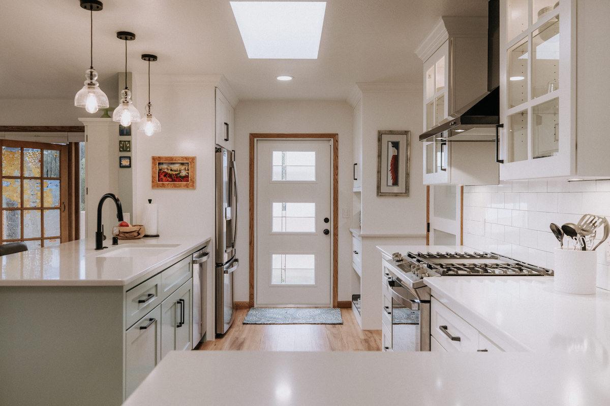 Clean and Crisp Kitchen Remodel