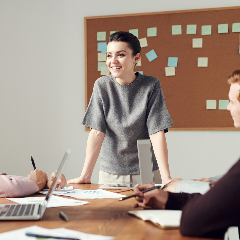 4 Surprising Facts About Employee Recognition Programs