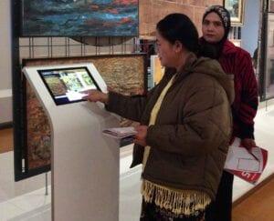 ESOL literacy learners visit art gallery