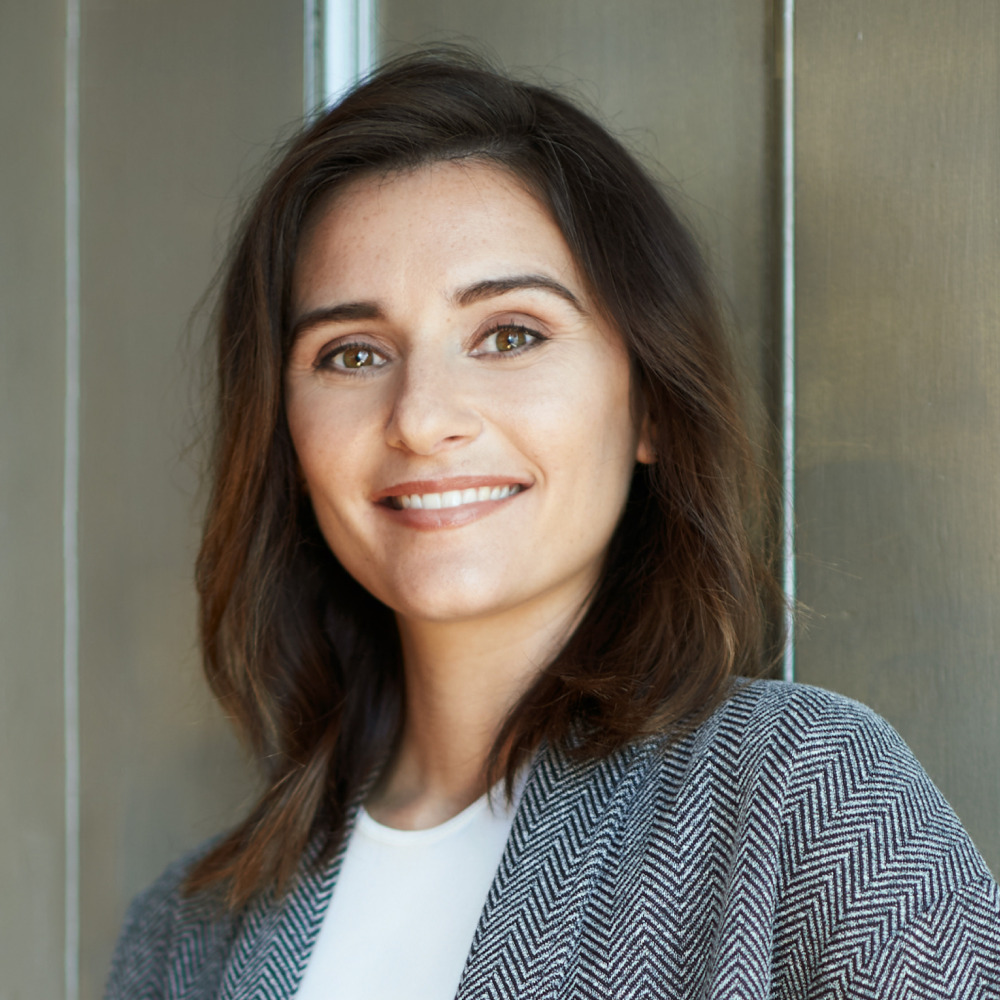 Headshot of Nicolette, Director of Sales at Cocoflo Innovations
