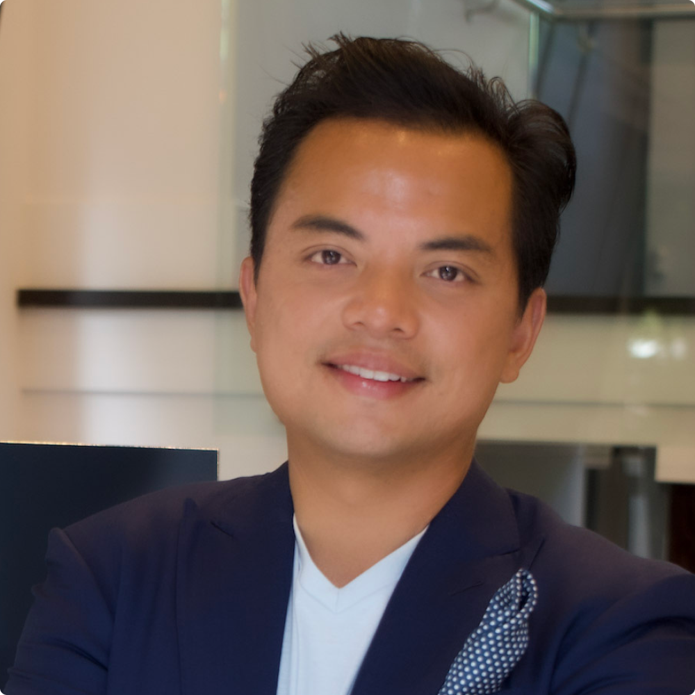 Headshot of Cocoflo's Founder and CEO, Bernie Florido