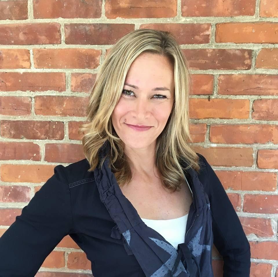 Janna Bradley Headshot