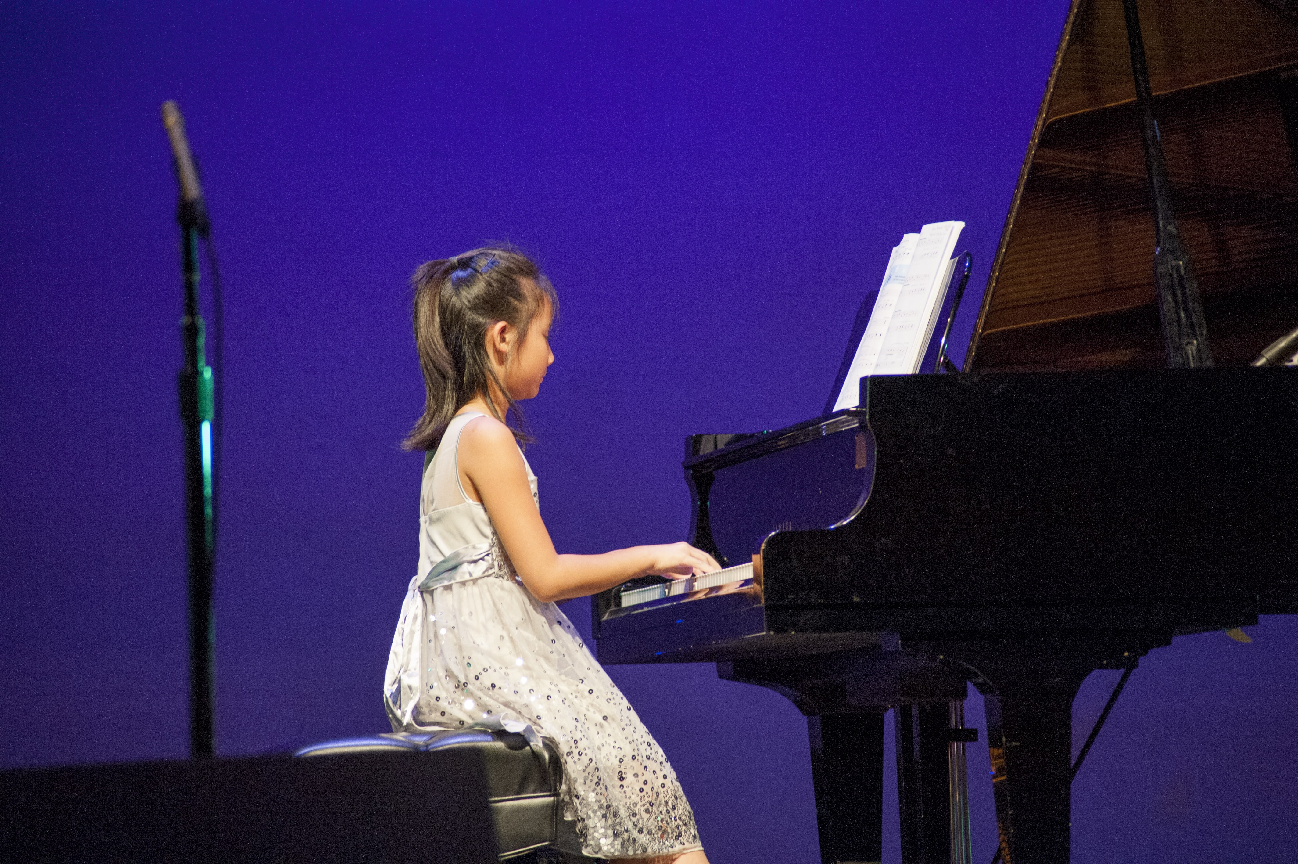 piano lessons for kids and adults near me in castro valley ca