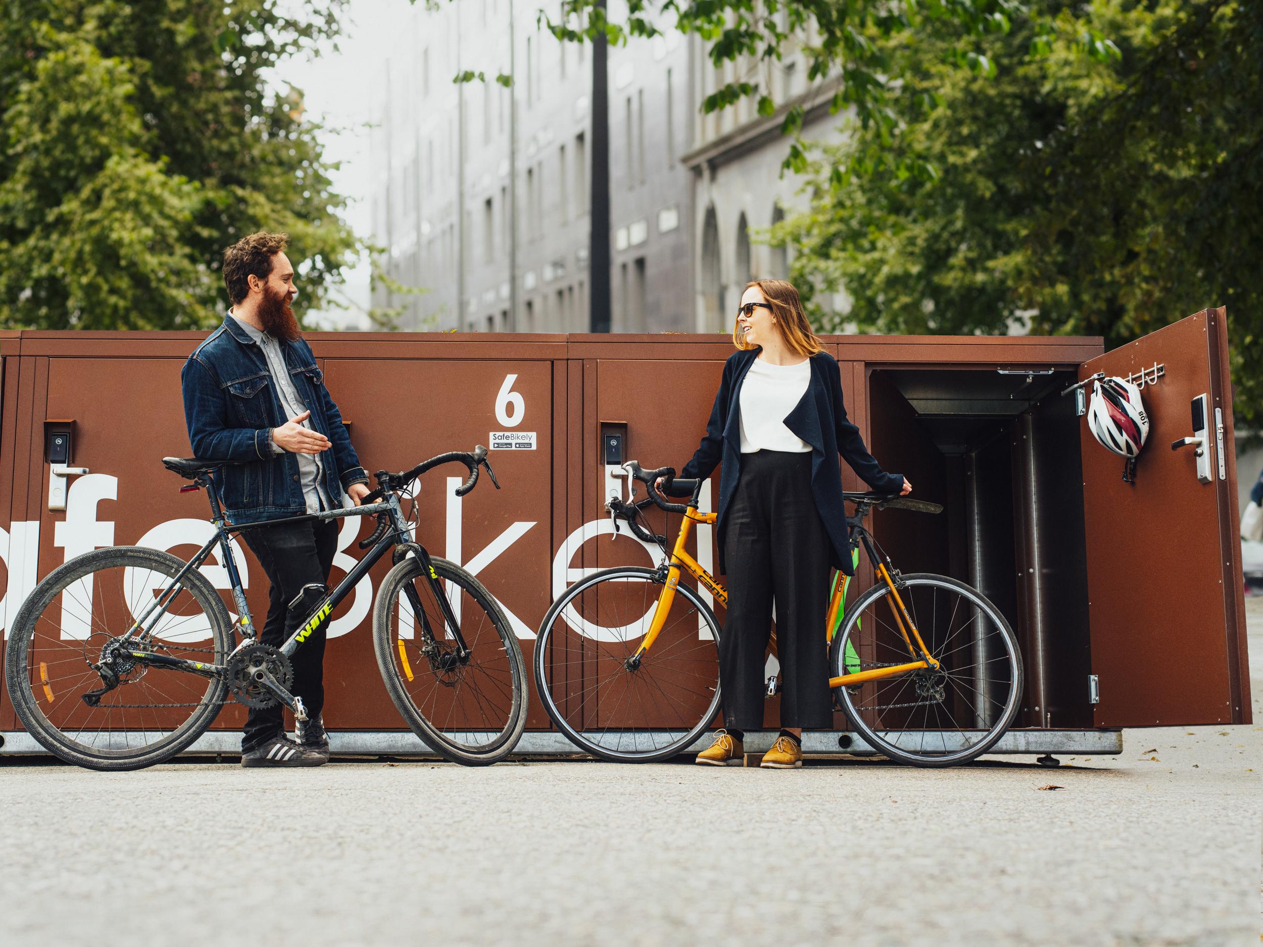 Trendy, trygg og miljøvennlig sykkelparkering fra Bikely