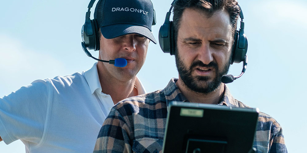 DragonFly drone pilot and observer working together