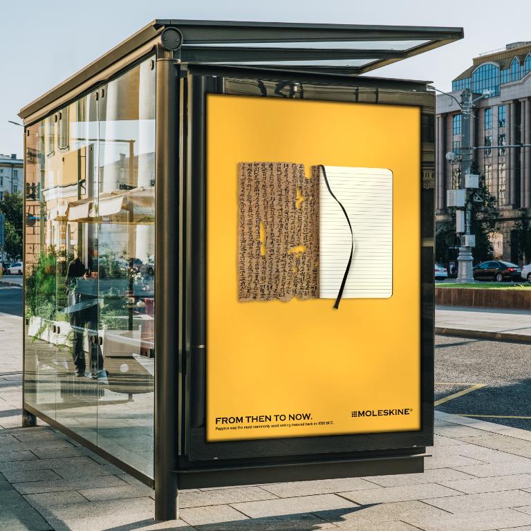 Moleskine ads in bus station