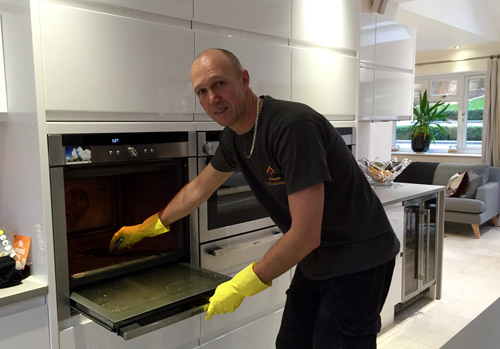 Remo Oven Cleaning