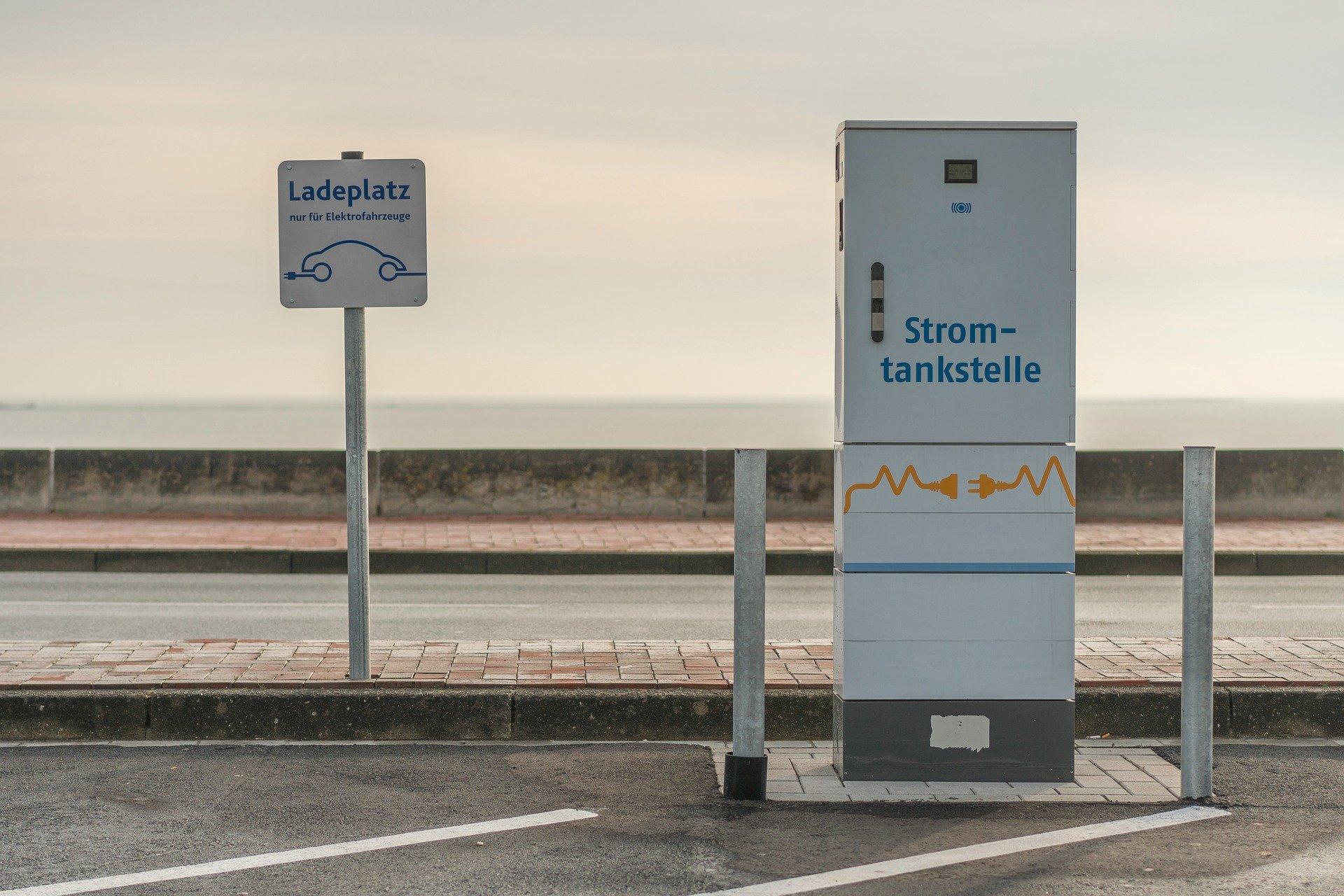 Elektro Ladesäule