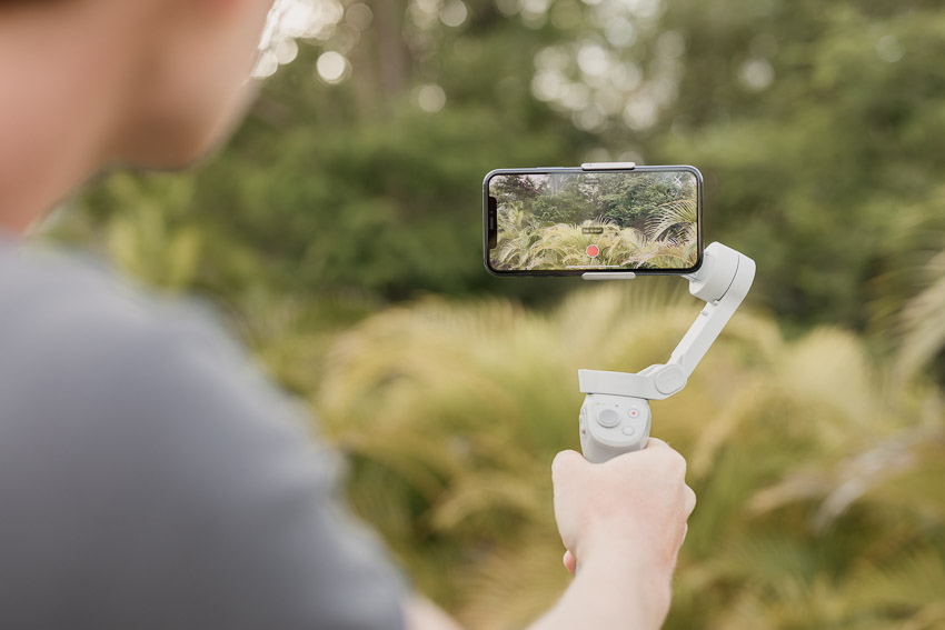 live streaming equipment - iphone and dji osmo mobile 4