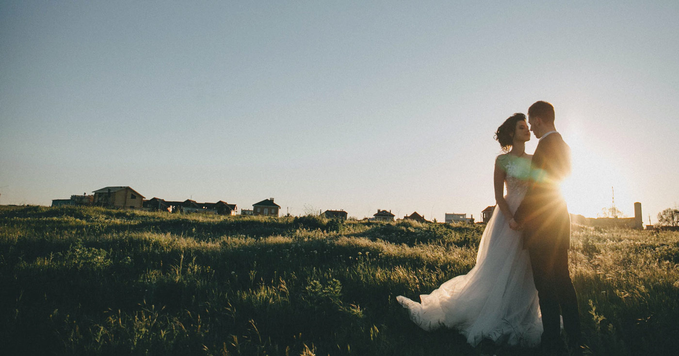 How to Live Stream Micro Weddings for Event Planners