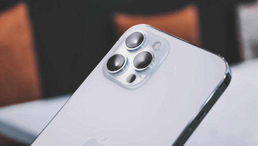 iphone 12 smartphone camera