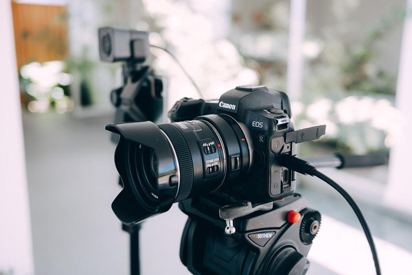 canon camera ready to live stream