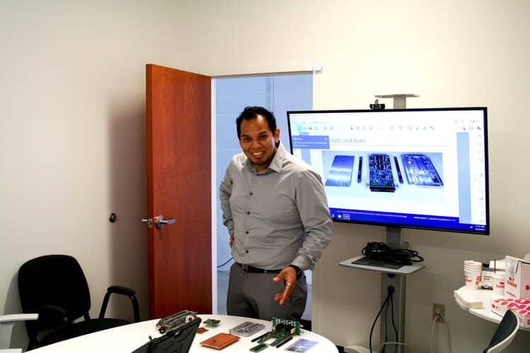 Raul Alvarado giving a presentation