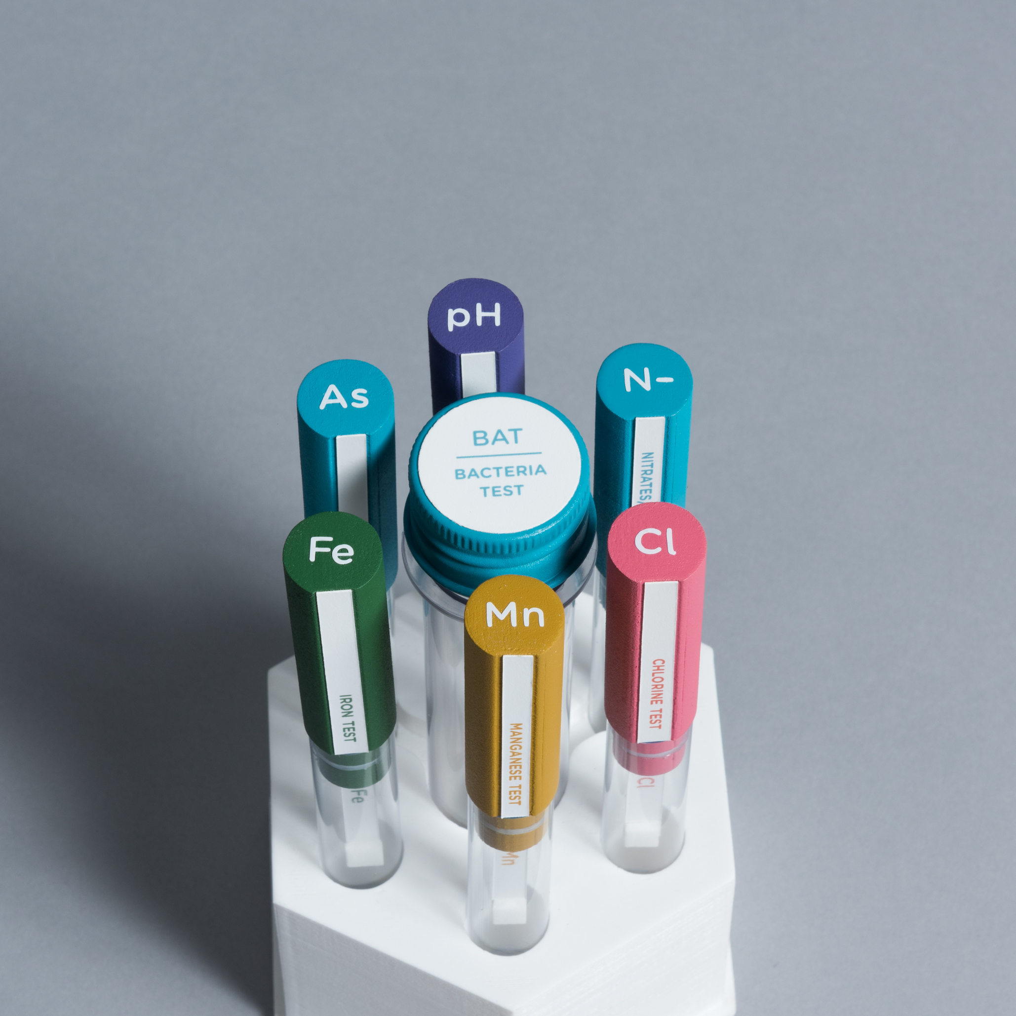 Top of a hexagonal package with a set of 6 small and 1 large test tube