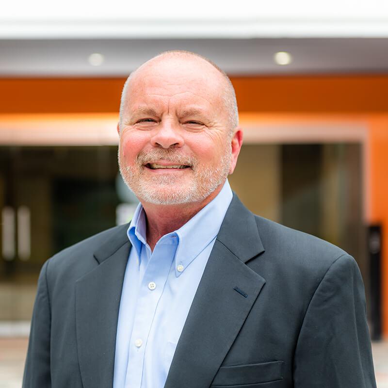 Portrait of Leadership team member Bob DiLoreto MD, Medical Information Officer of Vxtra Health