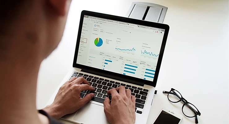 What is Visual Analytics, and why you are looking at data the wrong way