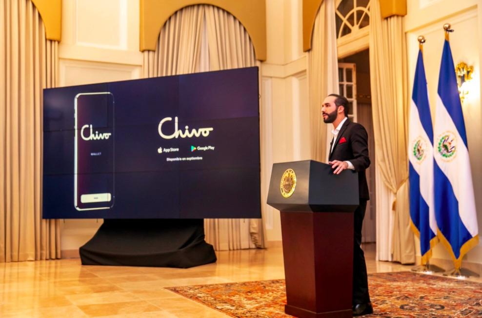 Le Salvador annonce la création du porte-monnaie officiel en bitcoins, Chivo, et le pays disposera bientôt de 1 500 distributeurs automatiques de bitcoins.