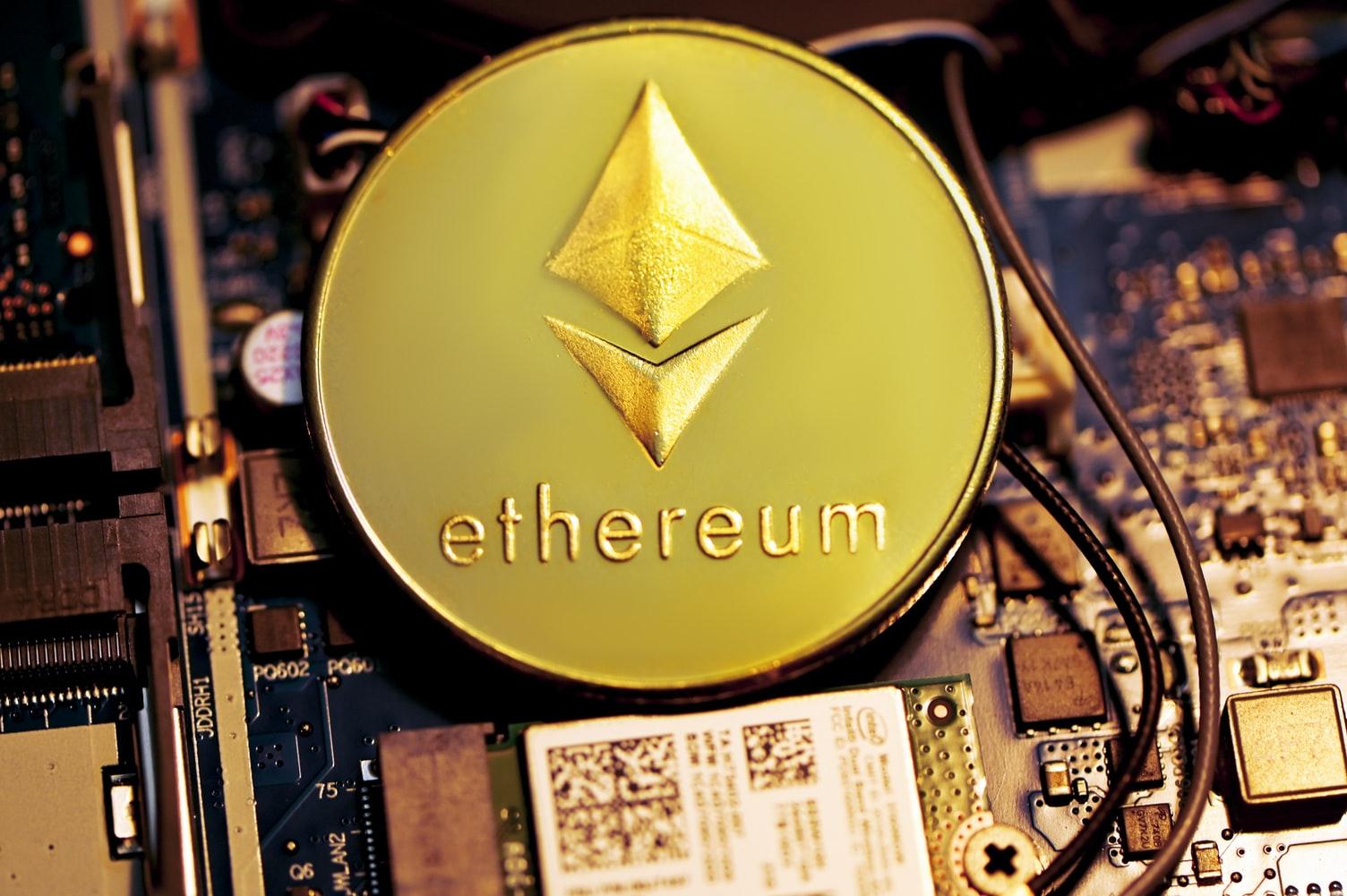 """Selon Joe Lubin, cofondateur de ConsenSys, l'ETH aura des """"ordres de grandeur"""" supérieurs au BTC"""