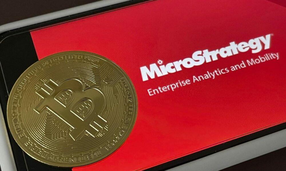 MicroStrategy détient plus de bitcoins que toute autre société cotée en bourse