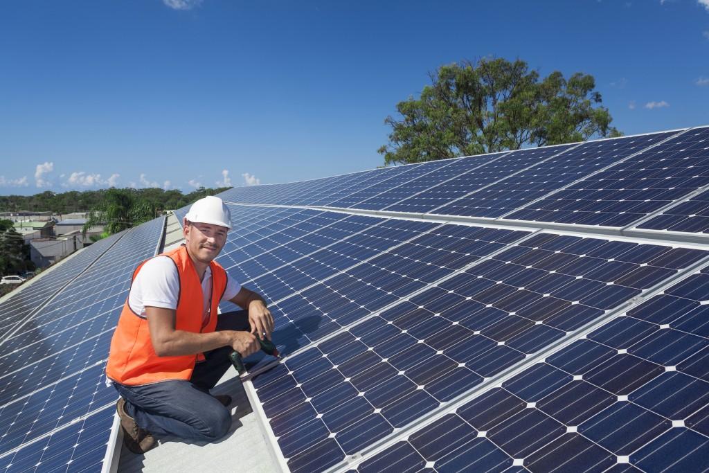 Expert Installing Solar Panel