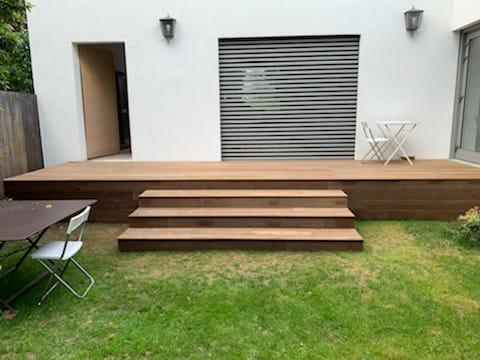 Photo d'une terrasse en bois
