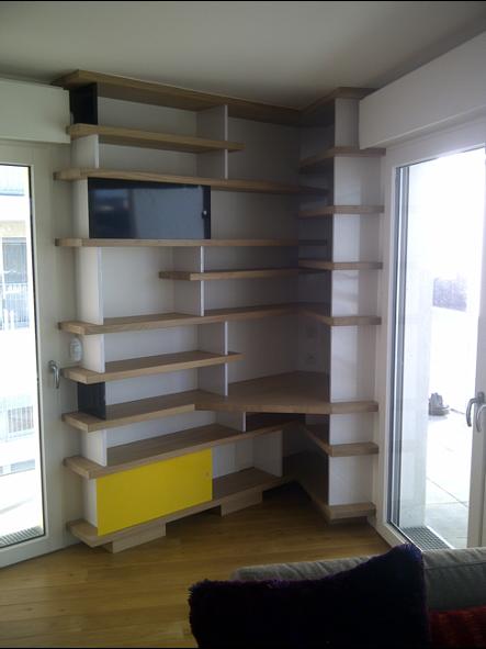 Photo d'une etagere d'agencement en bois