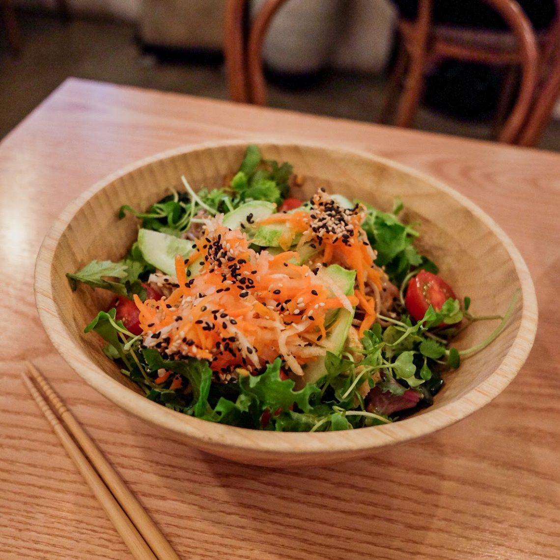 vegan-seoul-guide-plant-soba-peanut-bowl