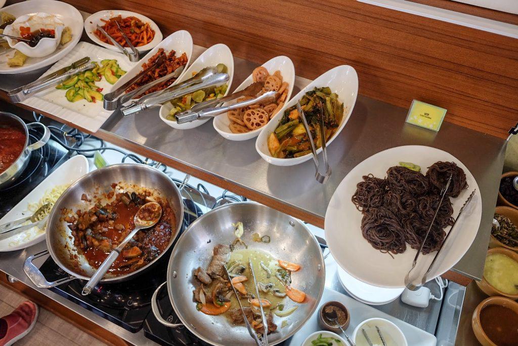 vegan-seoul-guide-veg-green-buffet-1