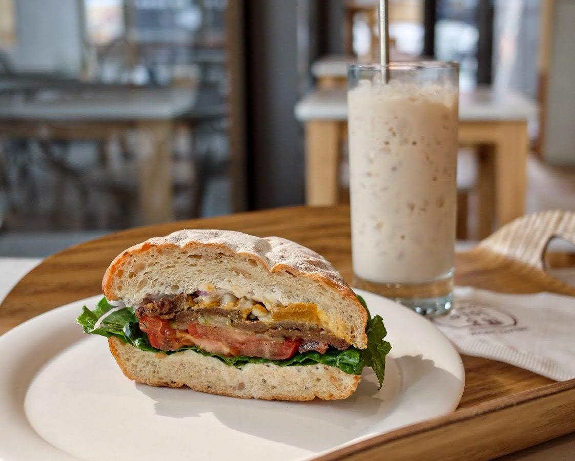 vegan-seoul-guide-yummyyomil-bulgogi-sandwich