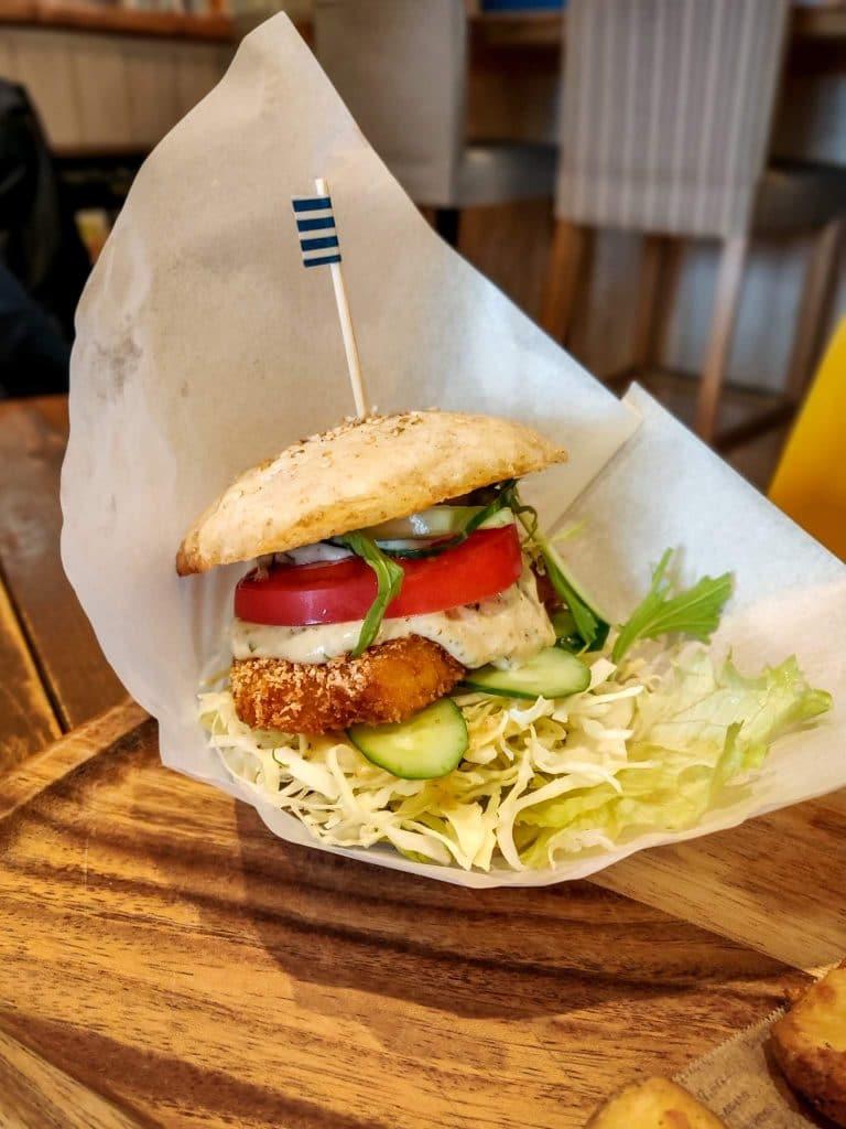 veganic-to-go-vegan-tokyo-tartar-fish-burger