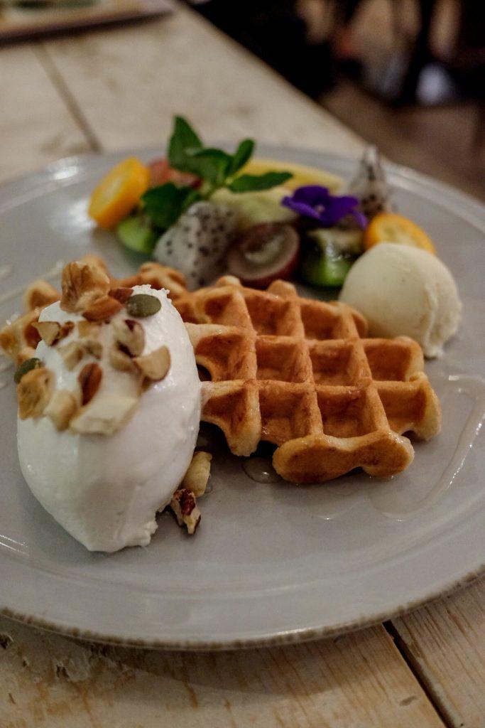 tokyo-vegan-guide-ain-soph-soar-waffle-2