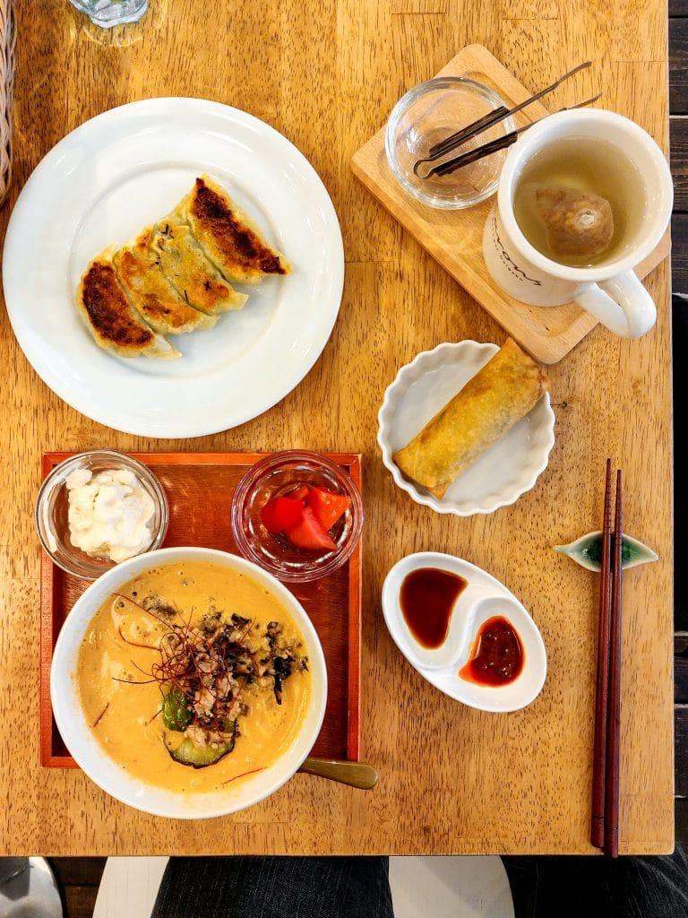 Karons-Gakugei-Daigaku-vegan-noodle-set