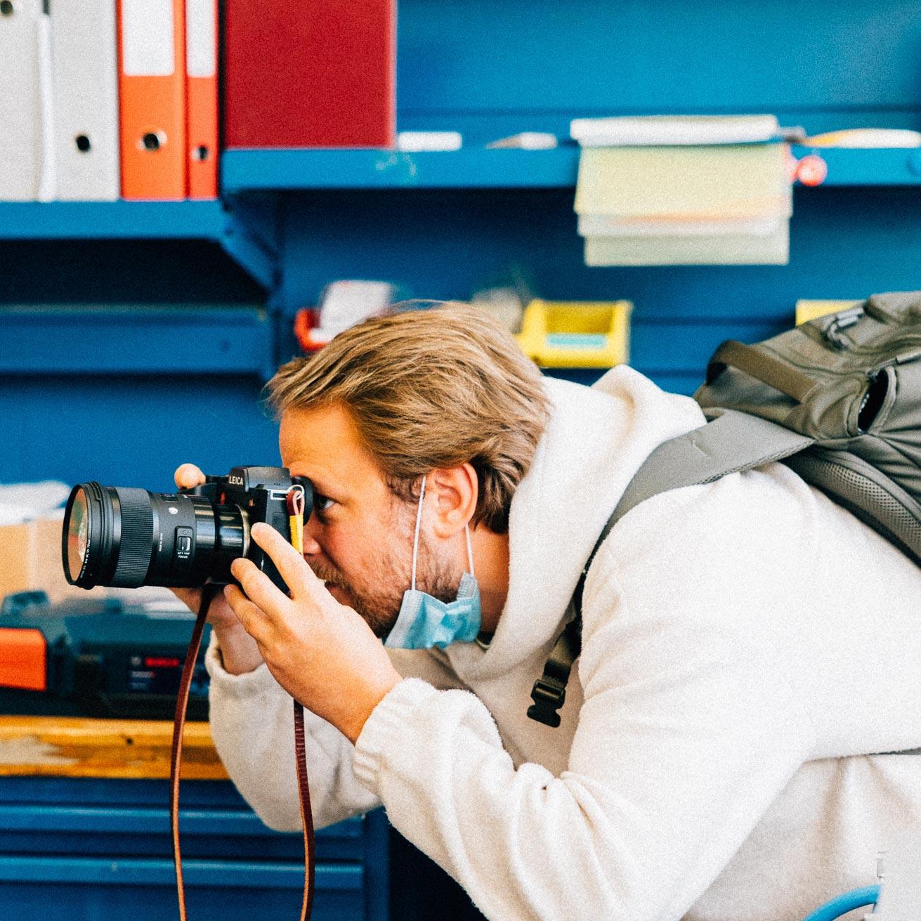Dennis Ritter mit Leica und Sigma Objektiv