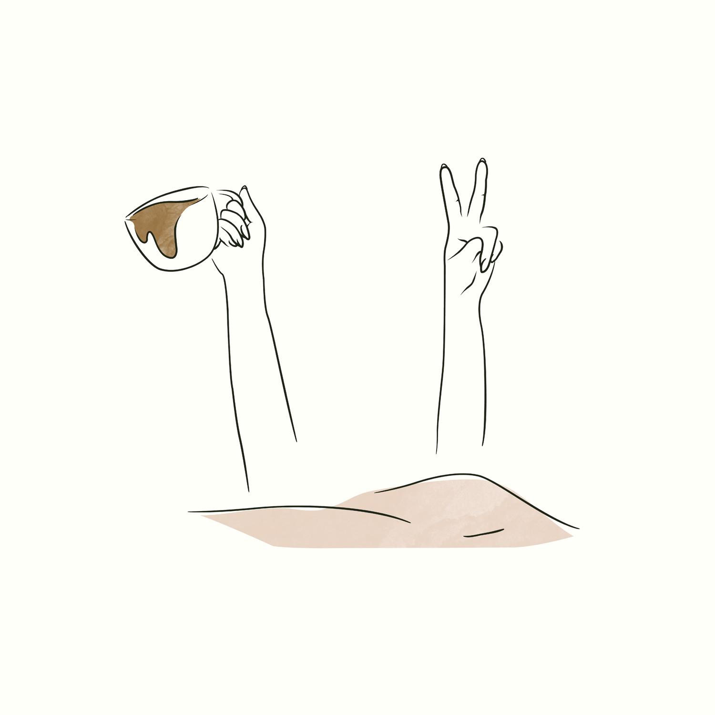 Illustratie Licht Leven Met Impact van een vrouw die in bed licht. Haar twee armen steken boven het bed uit. In de ene hand heeft ze een kof koffie vast en met haar andere hand maakt ze een peace teken.