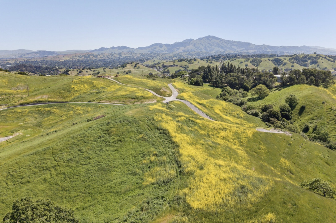 LUcas Ranch land