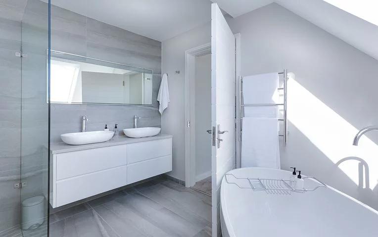 A modern domestic bathroom