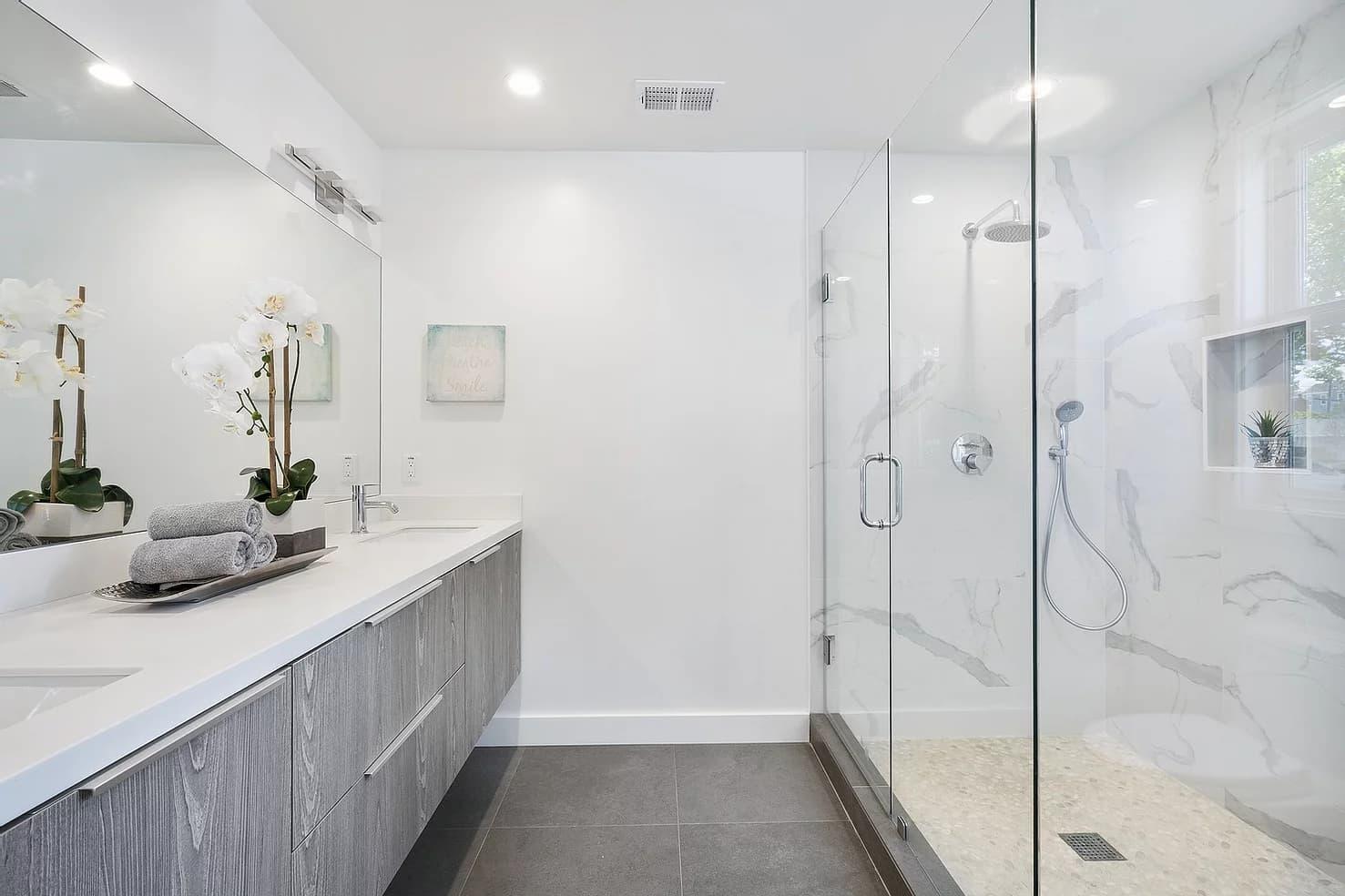 Modern bright bathroom