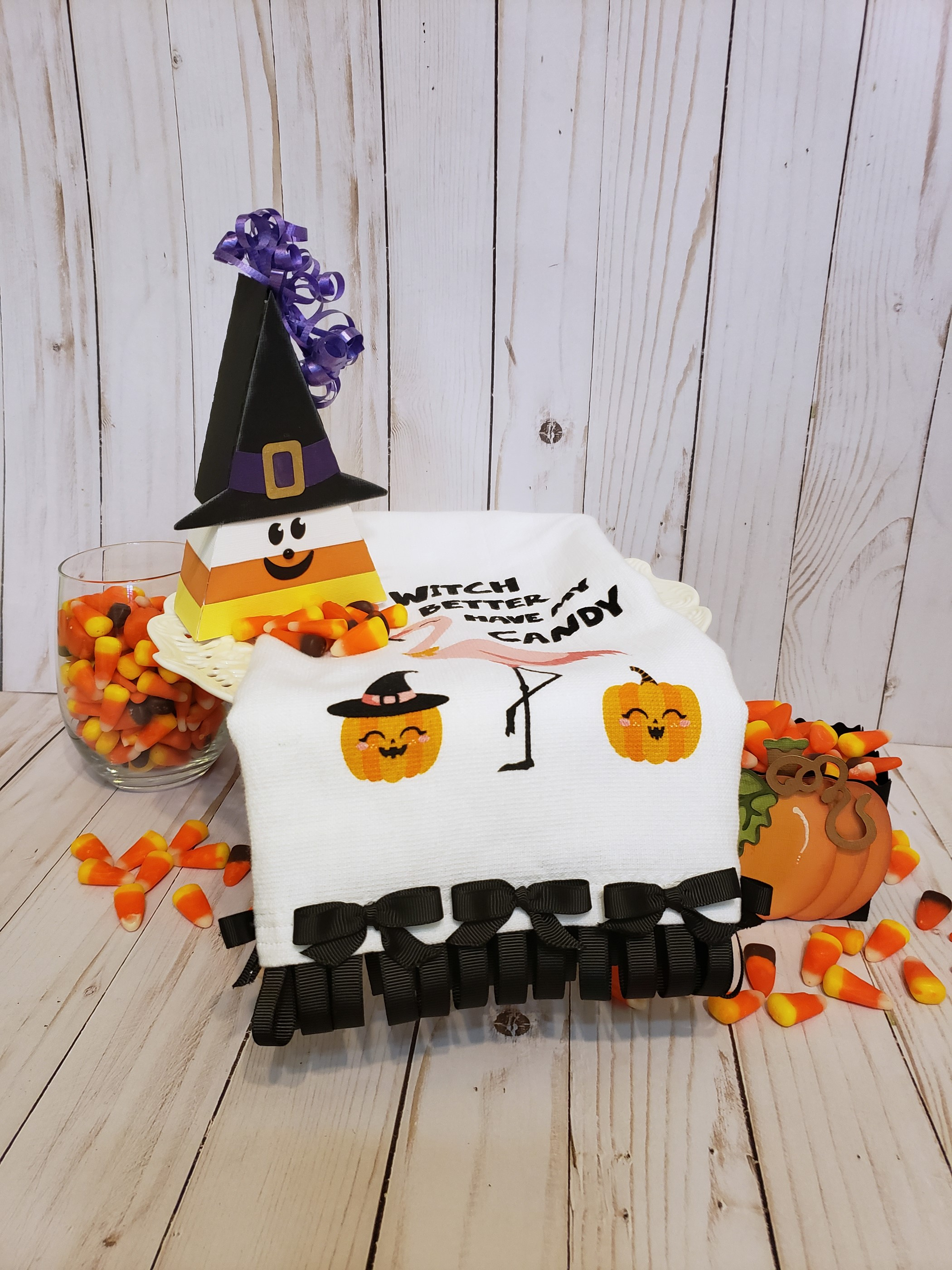 Upgrading a Halloween Towel with Grosgrain Ribbon with Anita Scroggins