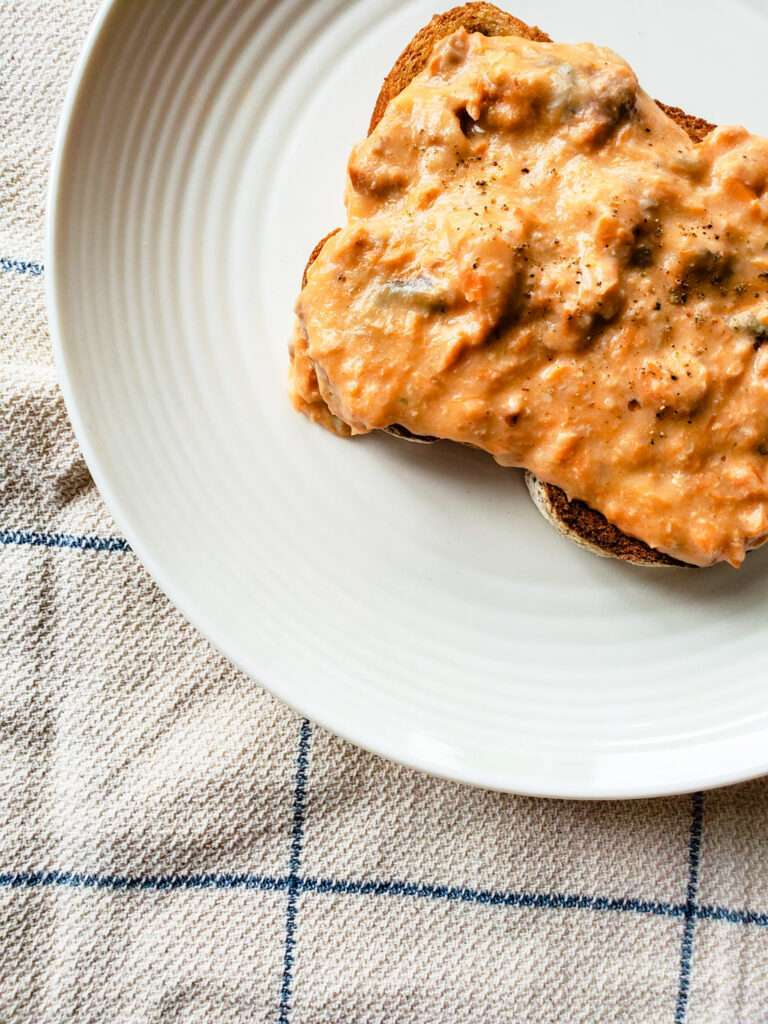 Salmon on Buttered Toast