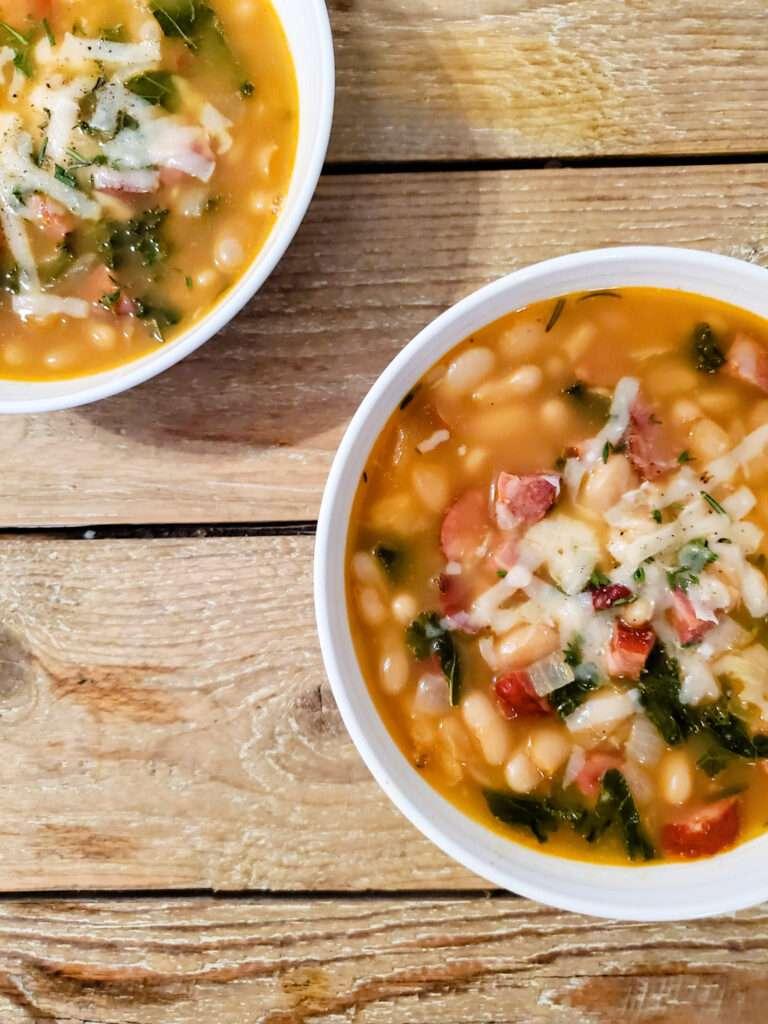 chouriço and white bean soup