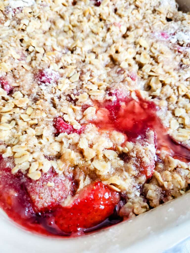 Simple Strawberry Raspberry Crisp