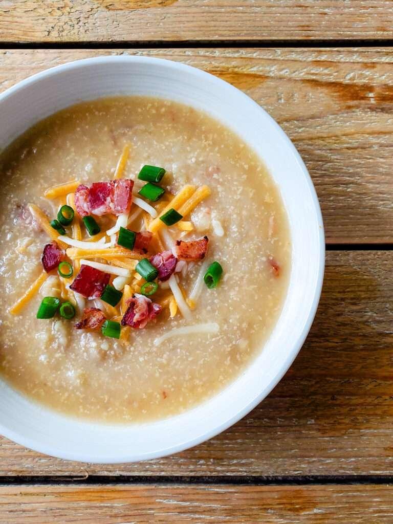 Easy Crockpot Loaded Potato Soup