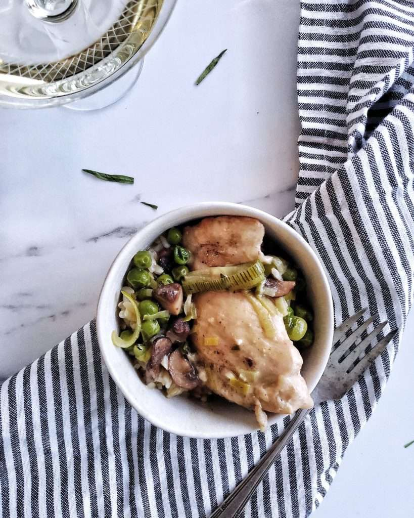 Small Bowl of Braised Chicken Thighs and Leeks