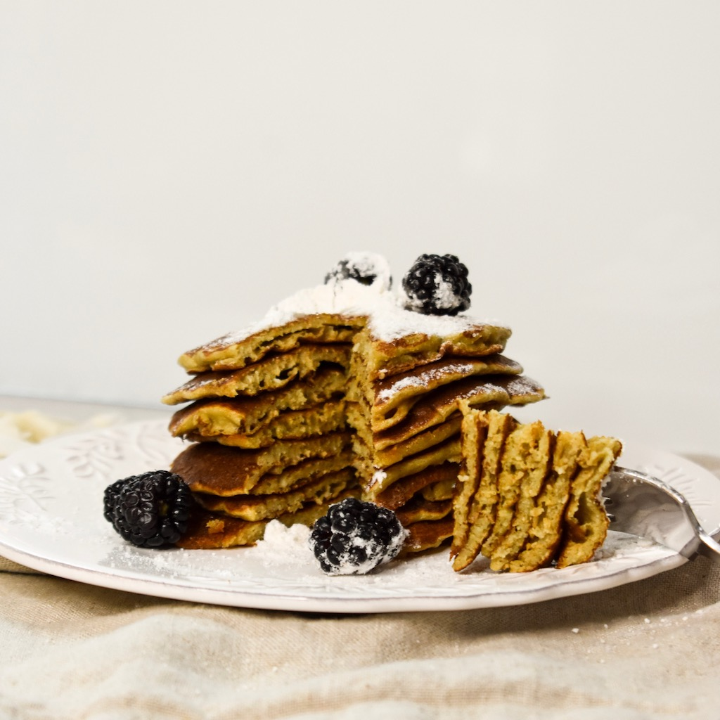 Keto Diet Valentine's Day Recipes Dessert Breakfast Coconut and Blood Orange Keto Pancakes without Baking powder with olive oil Healthy