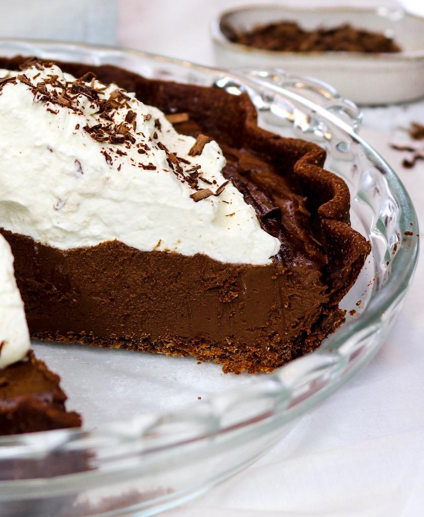 (Dairy-Free) Chocolate Cream Pie