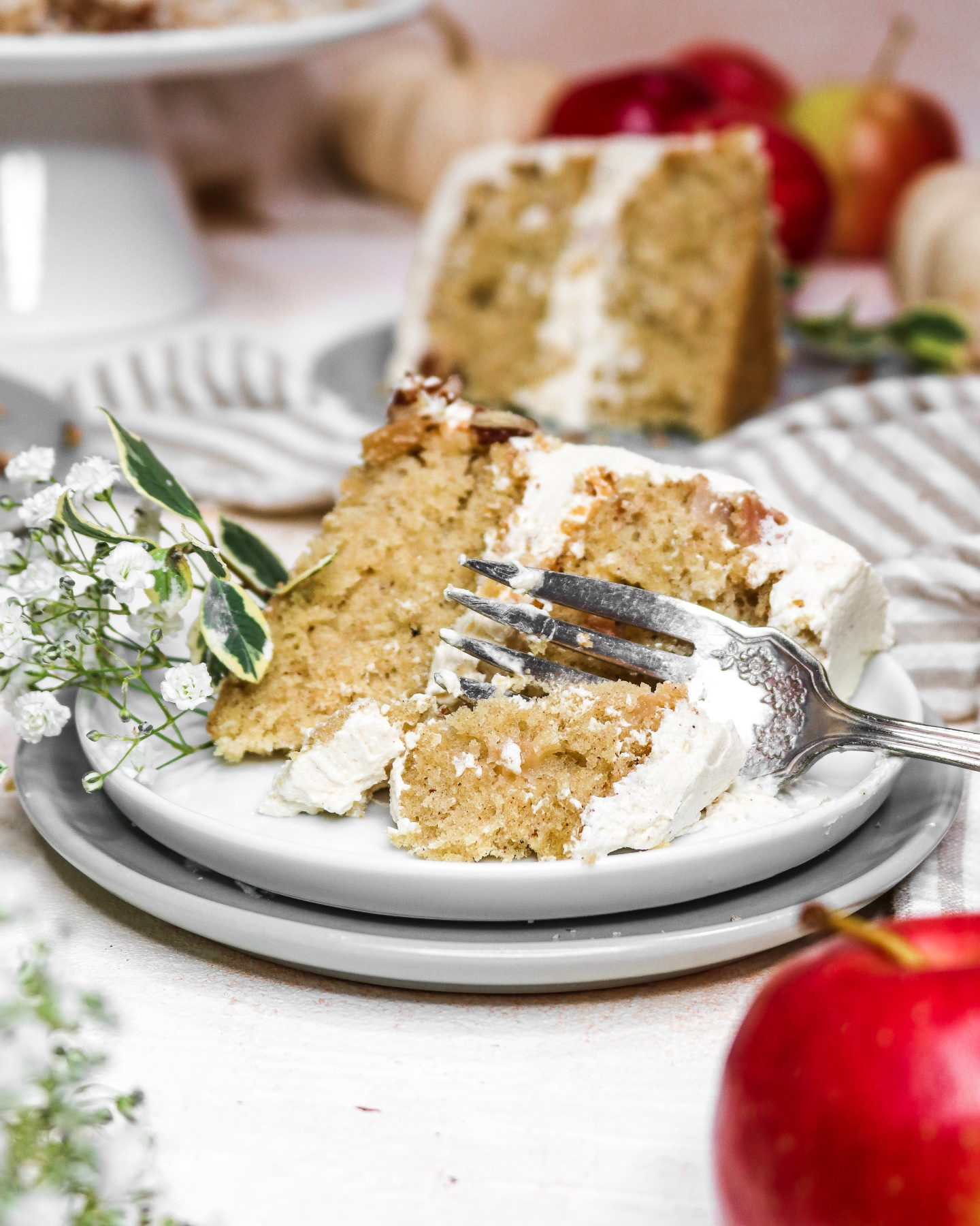 Vanilla Apple Olive Oil Cake